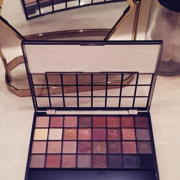 Photo of e.l.f. Studio Endless Eyes Pro Mini Eyeshadow Palette uploaded by Vane G.