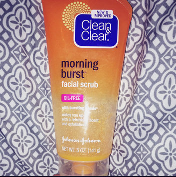 Clean & Clear Morning Burst Oil-Free Facial Cleanser uploaded by Krista C.