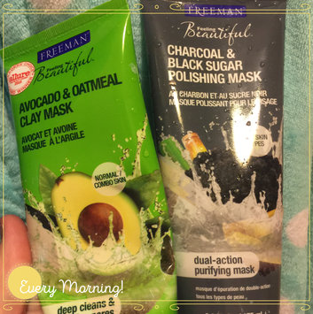 Freeman Beauty Feeling Beautiful™ Avocado & Oatmeal Clay Mask uploaded by Amber S.