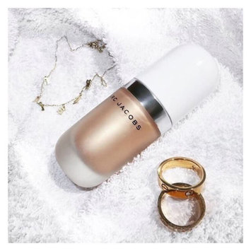 Marc Jacobs Beauty Dew Drops Coconut Gel Highlighter uploaded by Alisha H.