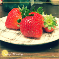 Driscoll's Whole Strawberries 1 lb uploaded by husna A.