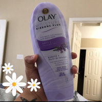 Olay 2-in-1 Essential Oils Ribbons Jojoba Extract + Luscious Orchid Moisturizing Body Wash 18 Oz uploaded by Yadira L.
