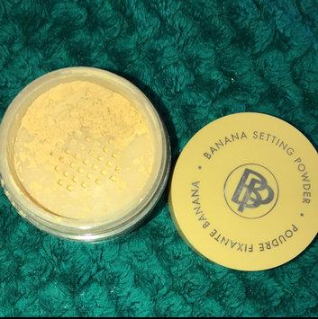 Photo of Bella Pierre Cosmetics Banana Setting Powder uploaded by Anjelika L.