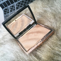Anastasia Beverly Hills Amrezy Highlighter light brilliant gold uploaded by olivia h.