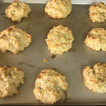 Photo of Red Lobster℠ Cheddar Bay Biscuit® Mix 34.08 oz. Box uploaded by Juju D.