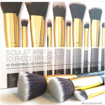 Photo of Sculpt and Blend - 10 Piece Brush Set uploaded by October L.