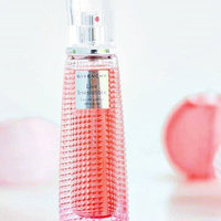 GIVENCHY 10137972 VERY IRRESISTIBLE by GIVENCHY- EDT SPRAY uploaded by Paula F.