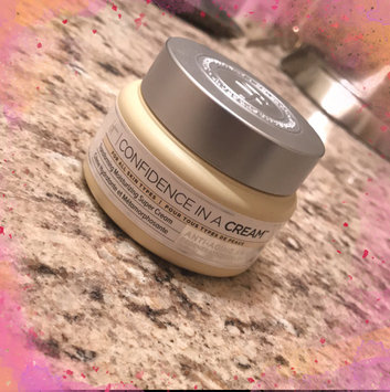 It Cosmetics Confidence in a Cream Transforming Moisturizing Super Cream uploaded by Liliana H.