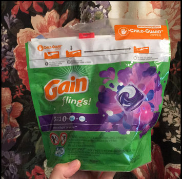Photo of Gain Flings! Moonlight Breeze Laundry Detergent Pacs uploaded by Samantha M.
