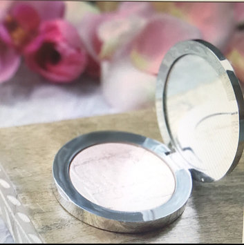 Dior Diorskin Nude Air Luminizer Powder 001 0.21 oz uploaded by Janna H.