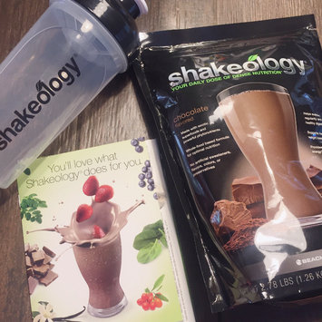 BEACHBODY SHAKEOLOGY MEAL REPLACEMENT SHAKE 30 DAY SUPPLY 3 LB BAG *ALL FLAVORS* TEAM BEACHBODY APPROVED uploaded by Tamika J.