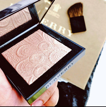 BURBERRY Fresh Glow Highlighter uploaded by Molly L.