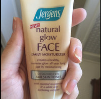 Jergens Natural Glow FACE Daily Moisturizer Sunscreen, Fair to Medium Skin Tone 2 fl oz uploaded by Katherine V.