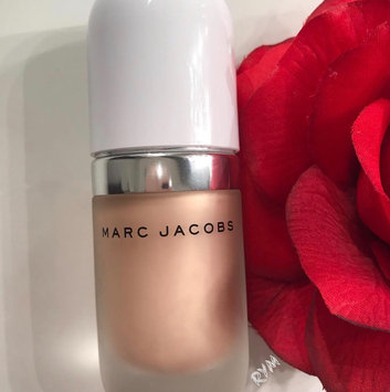 Marc Jacobs Beauty Dew Drops Coconut Gel Highlighter uploaded by Roz A.