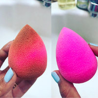 beautyblender beautyblender® with mini blendercleanser® solid® uploaded by Jacqueline B.