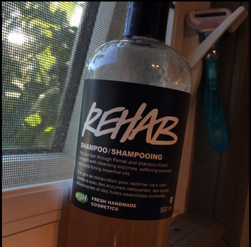 LUSH Cosmetics Rehab Shampoo uploaded by Chantal S.