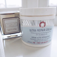 First Aid Beauty Ultra Repair Cream uploaded by sophie M.