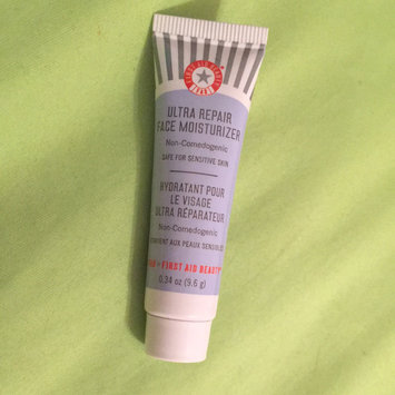 First Aid Beauty Ultra Repair Face Moisturizer uploaded by Taylor W.
