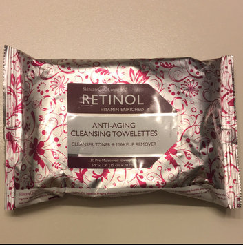 Photo of Skincare Cosmetics Retinol Vitamin Enriched Cleansing Towelettes uploaded by Whitney K.
