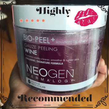 Neogen Bio-Peel Gauze Peeling Wine uploaded by Leidy Z.