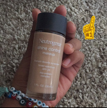 Photo of Neutrogena® Shine Control Liquid Makeup SPF 20 uploaded by Nancy M.