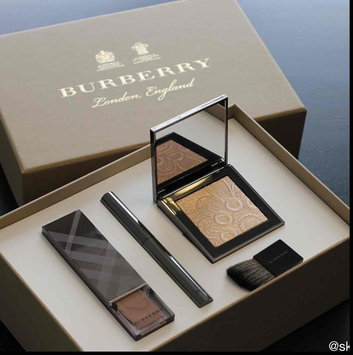 BURBERRY Fresh Glow Highlighter uploaded by Ashley S.