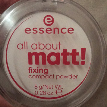 Photo of Essence All About Matt! Fixing Compact Powder uploaded by Nicola G.