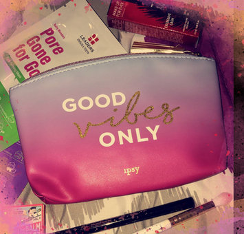 iPSY   uploaded by Diana Y.