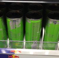 Red Bull® The Summer Edition Kiwi Twist Energy Drink uploaded by Marta M.