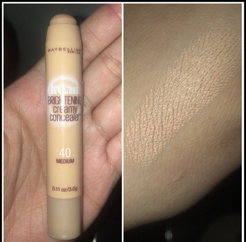 Photo of Maybelline Dream Brightening Creamy Concealer uploaded by Mayra G.