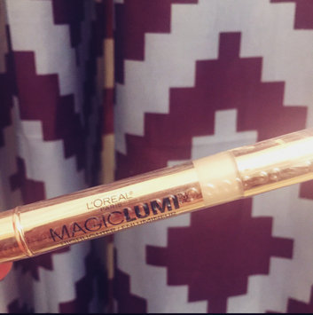 Photo of L'Oréal Paris MAGIC by Studio Secrets Magic Lumi Highlighting Concealer uploaded by Lana K.
