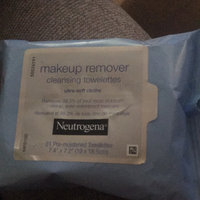 Neutrogena Hydrating Makeup Remover Cleansing Towelettes uploaded by Jaqueline A.