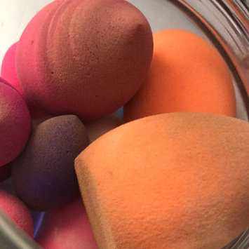 Real Techniques Miracle Complexion Sponge uploaded by Eileen P.