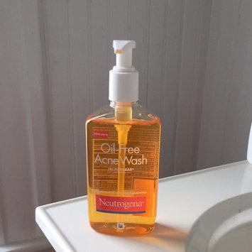 Neutrogena Oil-Free Acne Wash uploaded by Felicia C.