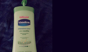 Vaseline® Intensive Care™ Aloe Soothe Lotion uploaded by Poba Z.