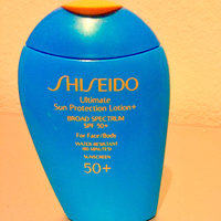 Shiseido Ultimate Sun Protection Lotion+ SPF 50+ uploaded by Diana A.