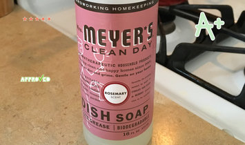 Photo of Mrs. Meyer's Clean Day Rosemary Dish Soap uploaded by Nicole T.