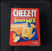 Cheez-It Snack Mix Double Cheese Baked Snack Assortment uploaded by Wyatt-Jess C.