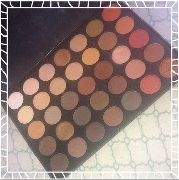 Photo of Morphe 35O - 35 Color Nature Glow Eyeshadow Palette uploaded by Esmeralda P.