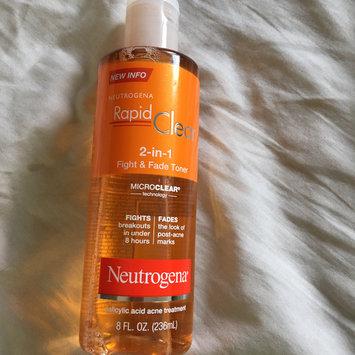 Photo of Neutrogena Rapid Clear 2-in-1 Fight & Fade Toner uploaded by Elizabeth N.