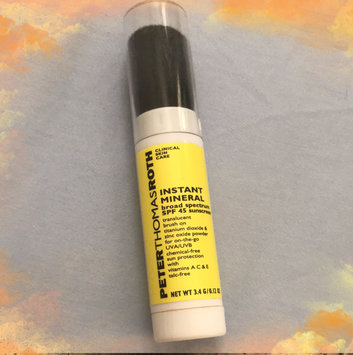 Photo of Peter Thomas Roth Instant Mineral Powder SPF 45 uploaded by Sandee M.