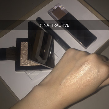BURBERRY Fresh Glow Highlighter uploaded by NATTRACTIVE R.