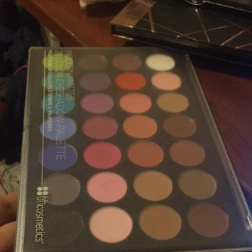 Photo of Modern Mattes - 28 Color Eyeshadow Palette uploaded by Jocelyne R.