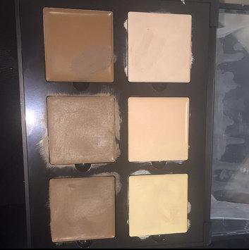 Anastasia Beverly Hills Contour Cream Kit uploaded by ∇ICTΩRIΔ L.