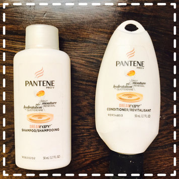 Photo of Pantene Pro-V Daily Moisture Renewal Shampoo uploaded by JACKIE M.