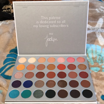 Morphe T35 Taupe Eyeshadow Pallet uploaded by Jamee D.