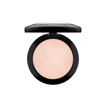MAC Cosmetics Mineralize Skinfinish uploaded by Hannah W.