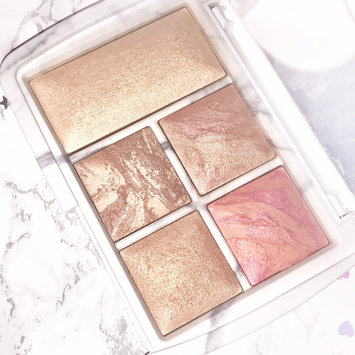 Hourglass Ambient® Lighting Edit - Surreal Light uploaded by Sophie H.