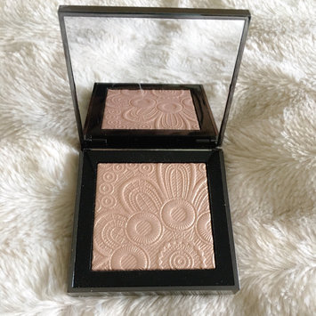 Photo of BURBERRY Fresh Glow Highlighter uploaded by Erika T.