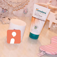 Himalaya Herbal Healthcare Clarifying Mud Mask uploaded by rema A.